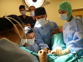 Labioplasti operasyonu- Hands eğitimlerinden bir kare.
